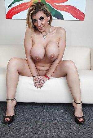 Sara Jay 2