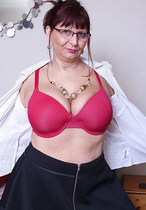 Undressing Porn