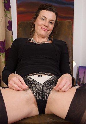 Brunette Porn